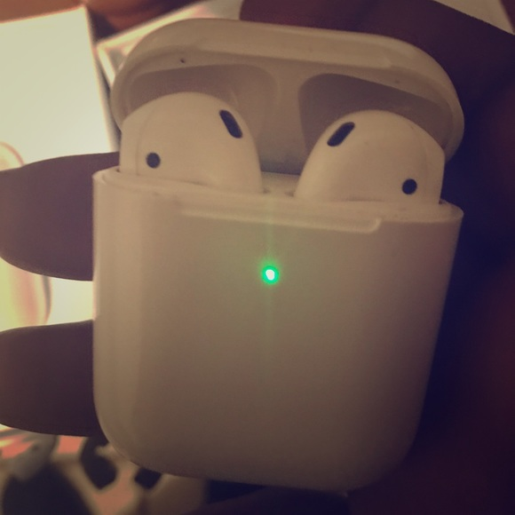 Accessories Apple Airpods 2nd Generation Gpswirelesscharging